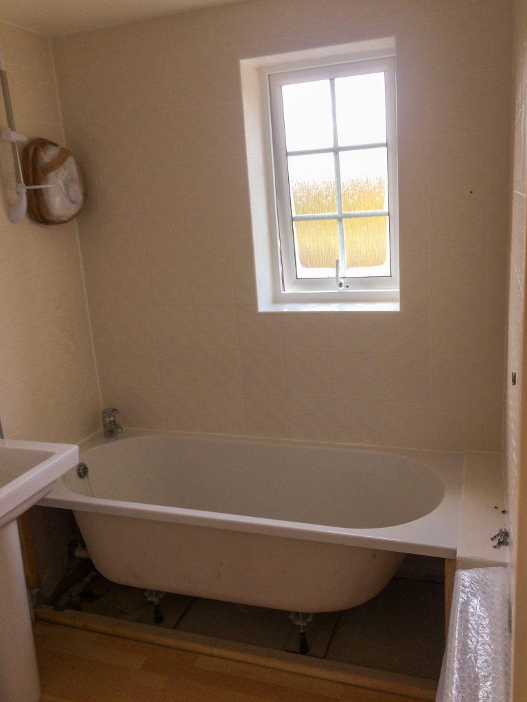 Creekmoor Bathroom Before Biggs Heat Technologies Refurbishment